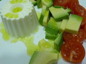 Ensalada Aguacate, Tomate y Queso Fresco